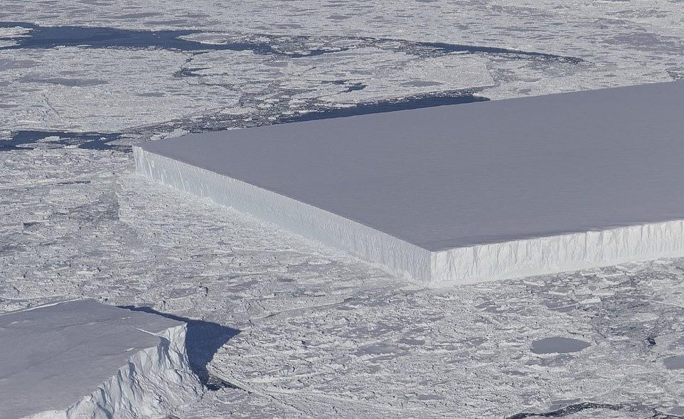 남극서 거대한